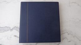 Album SAFE Couleur Bleue, 80 Pages Avec Pochettes De Diverses Tailles - Album & Raccoglitori