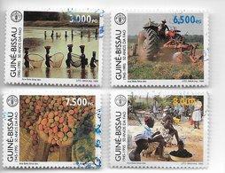 TIMBRES - STAMPS - GUINÉE-BISSAU / GUINEA-BISSAU -1995- 50 ANS DE LA F.A.O. (1945/1995) - SÉRIE AVEC TIMBRES OBLITÉRÉS - Tegen De Honger