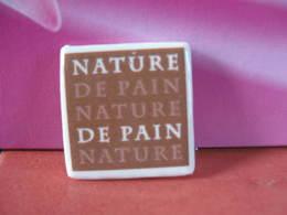 Fève Clamecy Logo ( De 2009 ) Couleur Marron  Série Nature Du Pain - Année 2010 - Fève - Rare - Ancienne - Oude