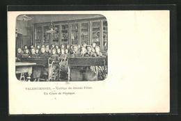 CPA Valenciennes, College De Jeunes Filles, Un Cours De Physique - Valenciennes