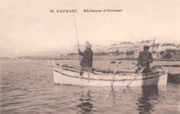 83 - SAINT-RAPHAEL - Pêcheurs D'Oursins - Saint-Raphaël