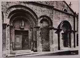 MARCIGNY - Saône-et-Loire - Le Porche De L'Eglise - CHRISTIANITY - Nv  F2 - Francia