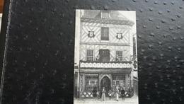 """COMPIÈGNE - La Maison De Maistre Lambert """" A La Belle Image"""" - Compiegne"""