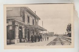 CPSM AUBIGNY SUR NERE (Cher) - La Gare - Aubigny Sur Nere
