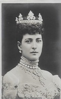 CPA La REINE D'ANGLETERRE - Royal Families