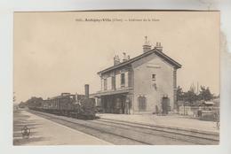 CPA AUBIGNY SUR NERE (Cher) - Intérieur De La Gare - Aubigny Sur Nere