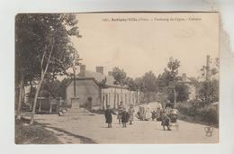CPA AUBIGNY SUR NERE (Cher) - Faubourg Du Cygne : Calvaire - Aubigny Sur Nere