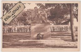Cherchell - Cpa / Le Monument Aux Morts. - Algérie