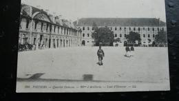 206 POITIERS - Quartier Dalesne - 20e D'Artillerie - Cours D'Honneur - Poitiers