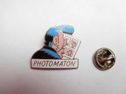 Beau Pin's En EGF , BD , Comics , Lucien La Banane , Photomaton , Non Signé - Cómics