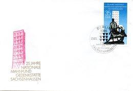 """(WK2-1) DDR Schmuck-FDC """"Figurengruppe In Der Mahn- Und Gedenkstätte Sachsenhausen""""  Mi.3051 ESSt 23.9.1986 BERLIN - [6] Repubblica Democratica"""