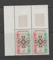 FRANCE / 1965 / Y&T N° 1452 ** : Croix De Guerre X 2 En CdF Sup G - Unused Stamps