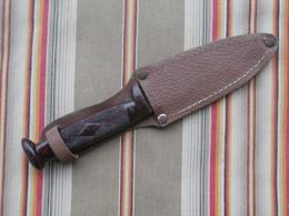 Ancien Couteau De Scout, Manche Bakelite - Armes Blanches