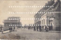ZELDZAAM HULST 1919 STATION / MOOIE ANIMATIE EN TRAMWAY / RECHTS HOTEL DES PECHEURS - Hulst