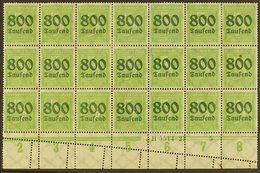 1923 PERFORATION ERROR.  800tsd On 5pf Apple Green (Michel 301, SG 294), Mint Lower Marginal BLOCK Of 21 (7x3) With Han  - Germany