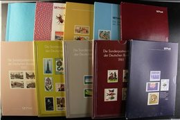 1977-94 YEAR BOOKS  Selection Of Year Books With Never Hinged Mint Contents Incl. Some Berlin Issues, For 1977, 1978, 19 - [6] Democratic Republic