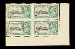 1935  Silver Jubilee ½d Kite And Horizontal Log Variety, SG 187l, Within Mint Corner Block Of Four, The Variety Never Hi - Turks And Caicos