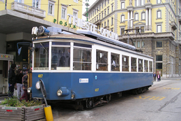 "Trieste (Italie)  Tramway De Trieste 23 Avril 2005  - Piazza Oberdan Tramway ""Stanga"" N°407 (1942) - Tranvía"