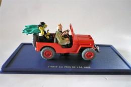 Réf 2 118 044 A – La Jeep Rouge De La Couverture De Tintin Au Pays De L'Or Noir (1950) - - Voitures, Camions, Bus