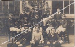 FOTOKAART, CARTE FOTO MALINES EQUIPE FOOTBALL PETITS +/-1911 SPORT VOETBAL PLOEG MECHELEN INSTITUT SCHEPPERS COTE JARDIN - Malines