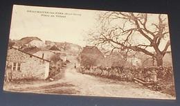 70 - Beaumotte Les Pins - ( Haute Saône ) - Place Du Tilleul :::: Voir état  ----------- 515 - France