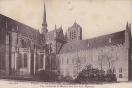 Ieper, Ypres, La Cathédrale Et Le Nouveau Musée (pk65207) - Ieper