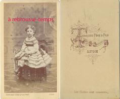 CDV Petite Fille Robe à Volants-photo Terrisse Père Et Fils à Lyon - Photographs