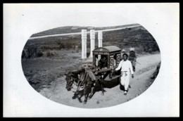 RARE CPA-PHOTO CHINE- CHAISE A PORTEUR AVEC CHEVAL ROUTE DE CHE FOO EN 1913- GROS PLAN- FINITION GLACÉE- 2 SCANS - Cina