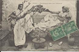 CP Tunis Mauresques Dans Leur Intérieure   Avec 2 Timbres Et Oblitération 1906 - Tunesië