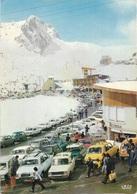 65 - Les Hautes Pyrénées - La Mongie - Vue Générale - Le Tourmalet - Plusieurs Anciennes Voitures - Cpm - écrite - - Autres Communes