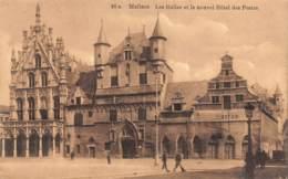 MALINES - Les Halles Et Le Nouvel Hôtel Des Postes - Malines
