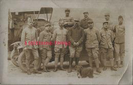 Carte Photo-4e R Et 14e R Devant Voiture Et Camion-chien - War, Military