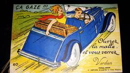 CPA 55 Meuse Ouvrez La Malle Et Vous Verrez Verdun Multivue Mutlivues Accordéon Sous Le Coffre ça Gaze Souvenir Humour - Verdun