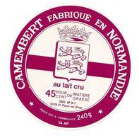 ETIQUETTE De FROMAGE..CAMEMBERT Fabriqué En NORMANDIE ( Calvados 14-AP)..SMC à SAINT PIERRE Sur DIVES (14) - Fromage