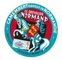 ETIQUETTE De FROMAGE..CAMEMBERT Fabriqué En NORMANDIE..Le Chevalier Normand..Société Laitière De MORETTE ( Orne 61) - Fromage