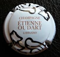 (dch-438) Capsule Champagne Etienne Oudart  Brugny - Non Classés