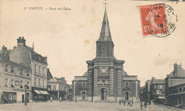 YVETOT - Place De L'église - Yvetot