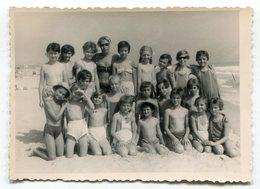 Photo Originale , Enfants En Maillot De Bain , Dim. 12.0 X 9.0 Cm - Personas Anónimos