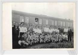 Hongrie - Football Team At The Station Of Miskolc Palyandvar - Hungary