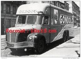 Reproduction D'une Photographie D'un Camion Publicitaire Pour Les Biscuits Gondolo - Reproductions