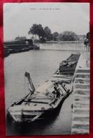 N°70) CPA DE GRAY-LE BASSIN DE LA GARE - Gray