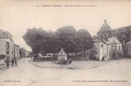 Vendée - Aizenay - Place Du Marché Et De La Bascule - Aizenay