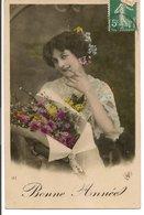 L60b154 - Bonne Année - Portrait De Femme Avec Un Beau Bouquet   -   N°122 - New Year