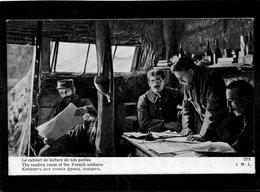 CPA - Le Cabinet De Lecture De Nos Poilus - Guerra 1914-18