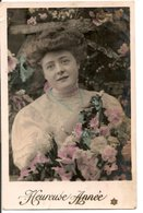 L60b165 - Heureuse Année - Portrait De Femme Avec Fleurs - - Nouvel An