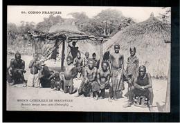Congo Français Mission Catholique De Brazzaville - Banziris Devant Leurs Cases (Oubanghi) Ca 1910  Old Postcard - Brazzaville