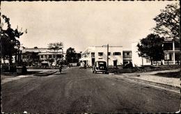 Cp Bangui Zentralafrikanische Republik, Straßenpartie, Descente De La Poste - Otros