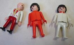 Jeux. 9. Trois Personnages Du Playmobi Geobral. Deux De 1974 Et 1 De 1990 - Playmobil