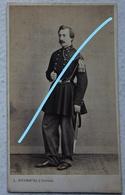 Photo CDV Circa 1865 Officier Armée Belge ABL Uniforme Photographe Duchatel Tournai Belgische Leger Militaria - Fotos