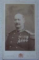 Photo CDV Circa 1865 Officier Armée Belge ABL COLONEL Médailles Photographe VAN CREWEL Antwerpen Belgische Leger - Photos